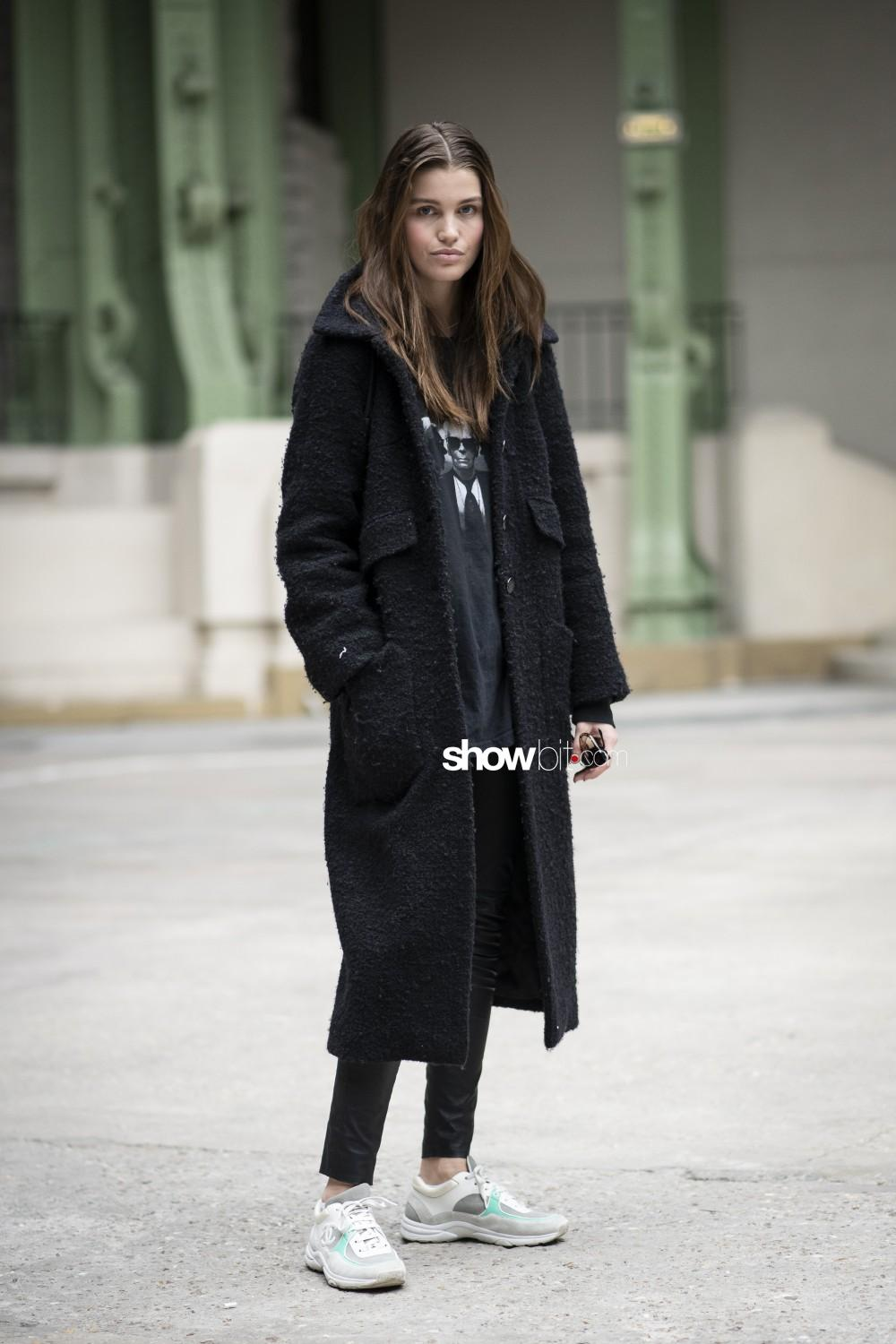 Chanel people Women Fall Winter 2019 2020 Paris