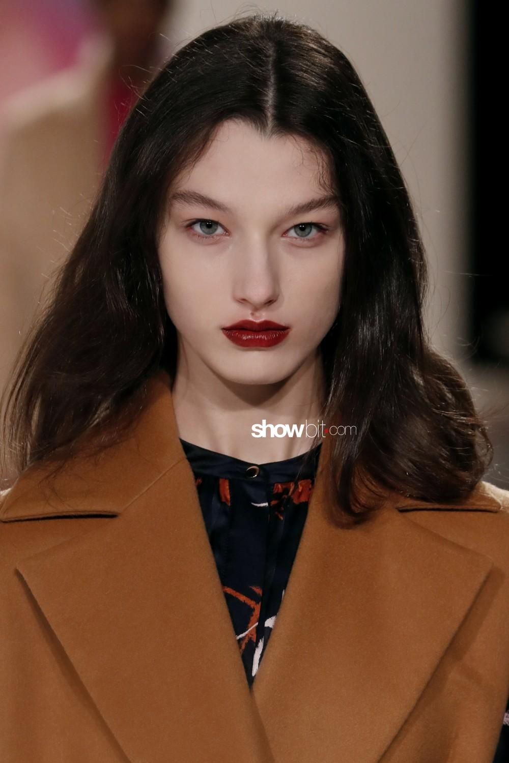 Roksanda beauty Woman Fall Winter 2019 2020 London