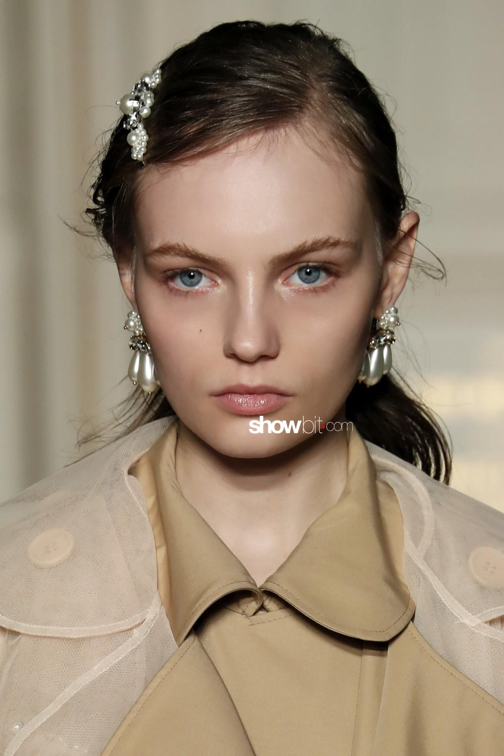Simone Rocha beauty Woman Fall Winter 2019 2020 London