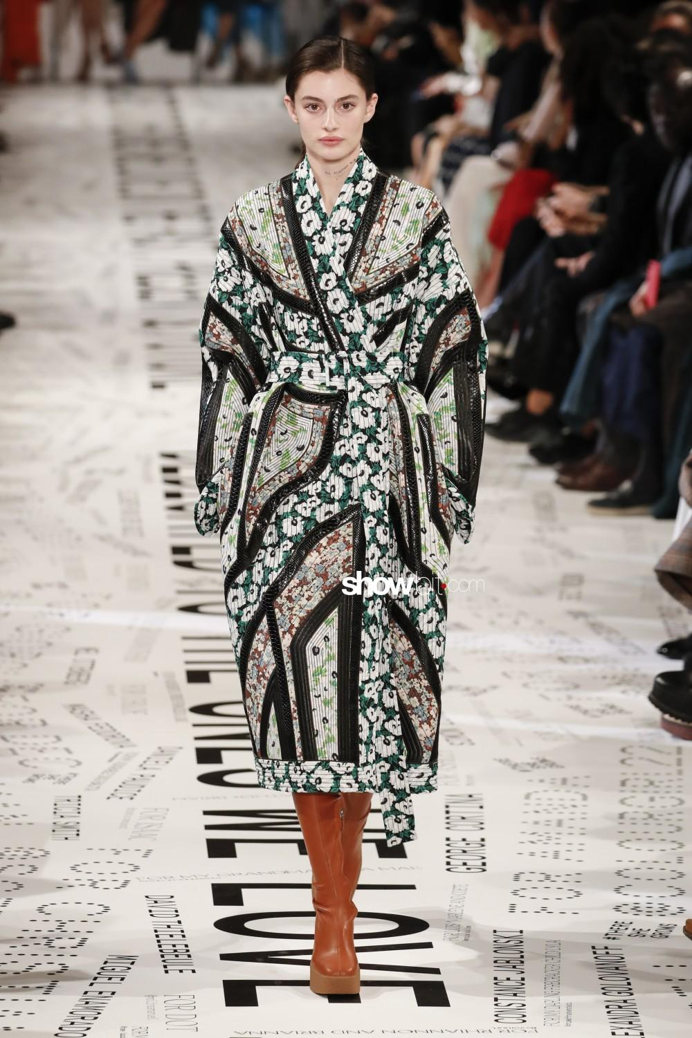 Stella McCartney Women Men Fall Winter 2019 2020 Paris