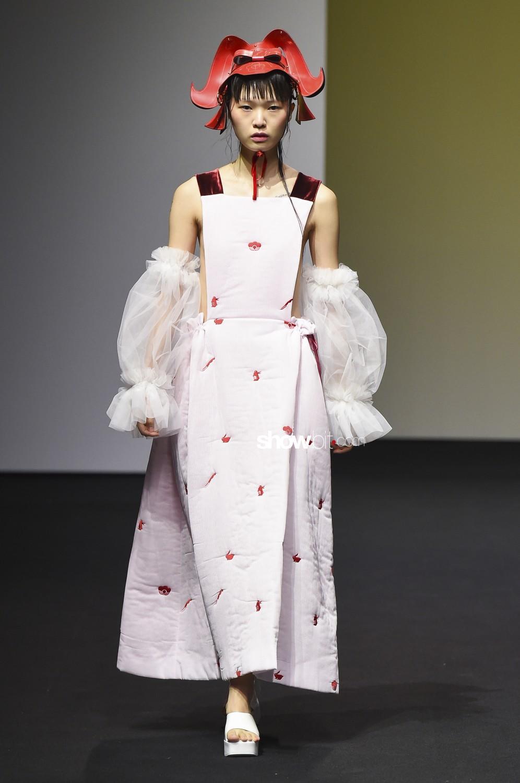 Minju Kim Women Fall Winter 2019 2020 Seoul