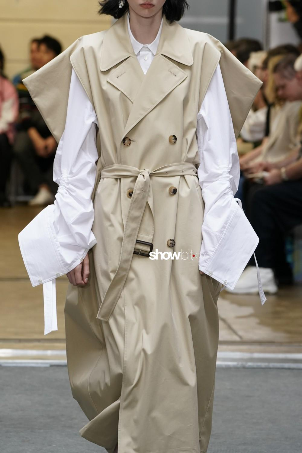 JW Anderson close-up Men spring summer 2020 Paris