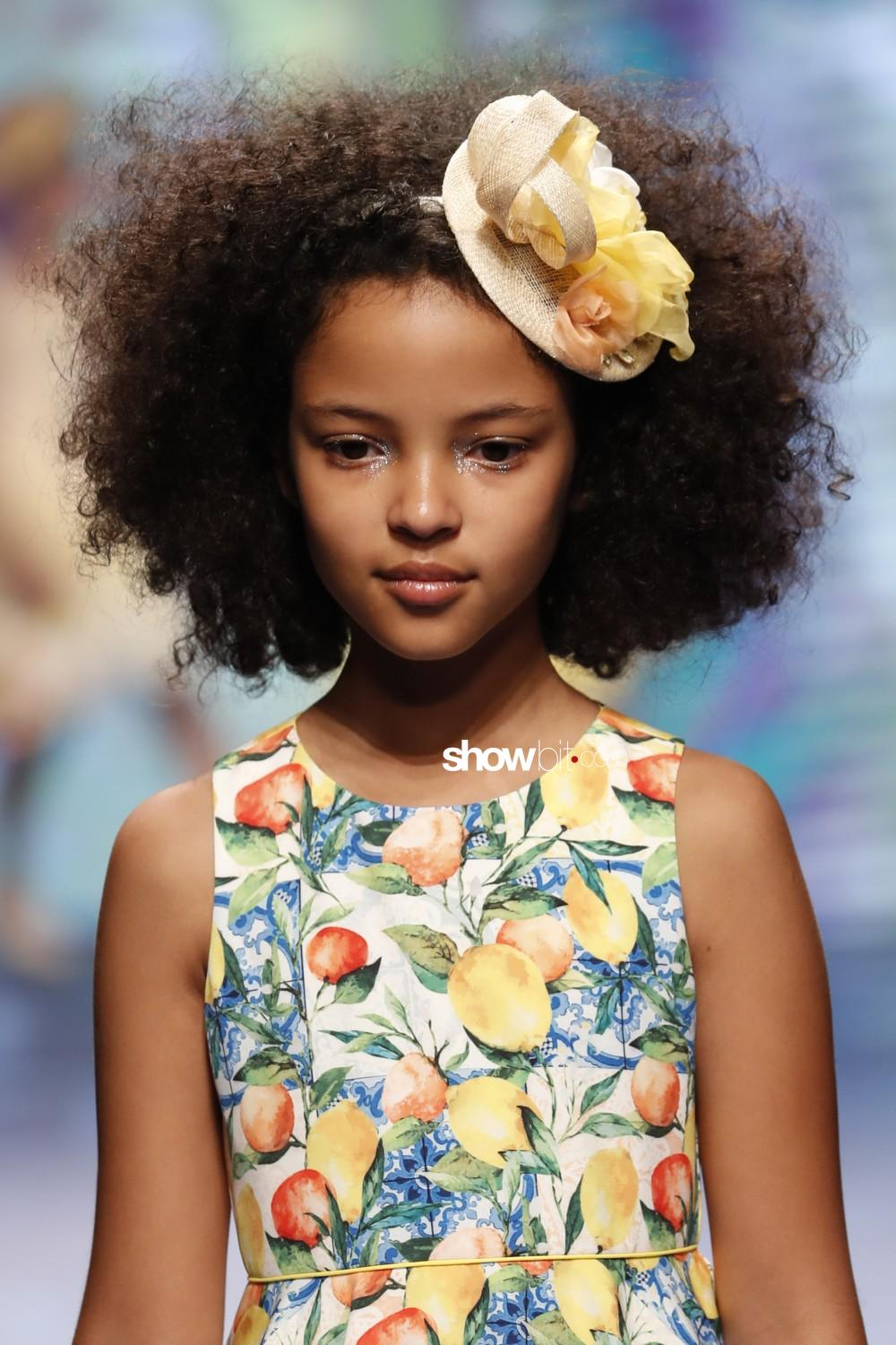 Abel&Lula close-up Kids Spring Summer 2020 Firenze