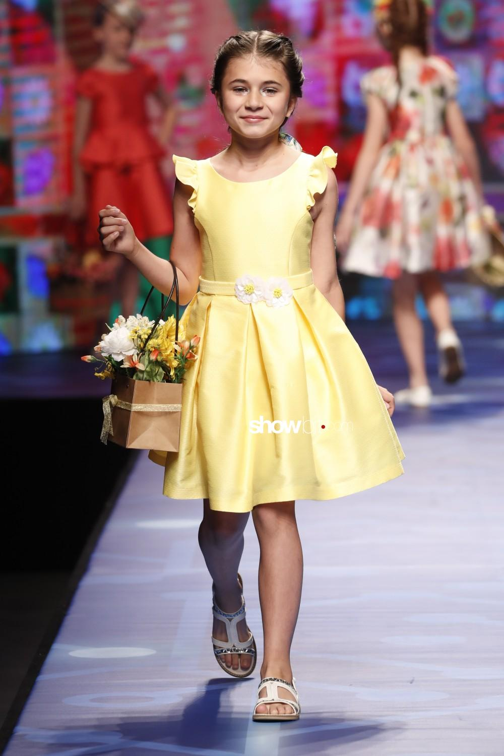 Abel&Lula full lengths Kids Spring Summer 2020 Firenze