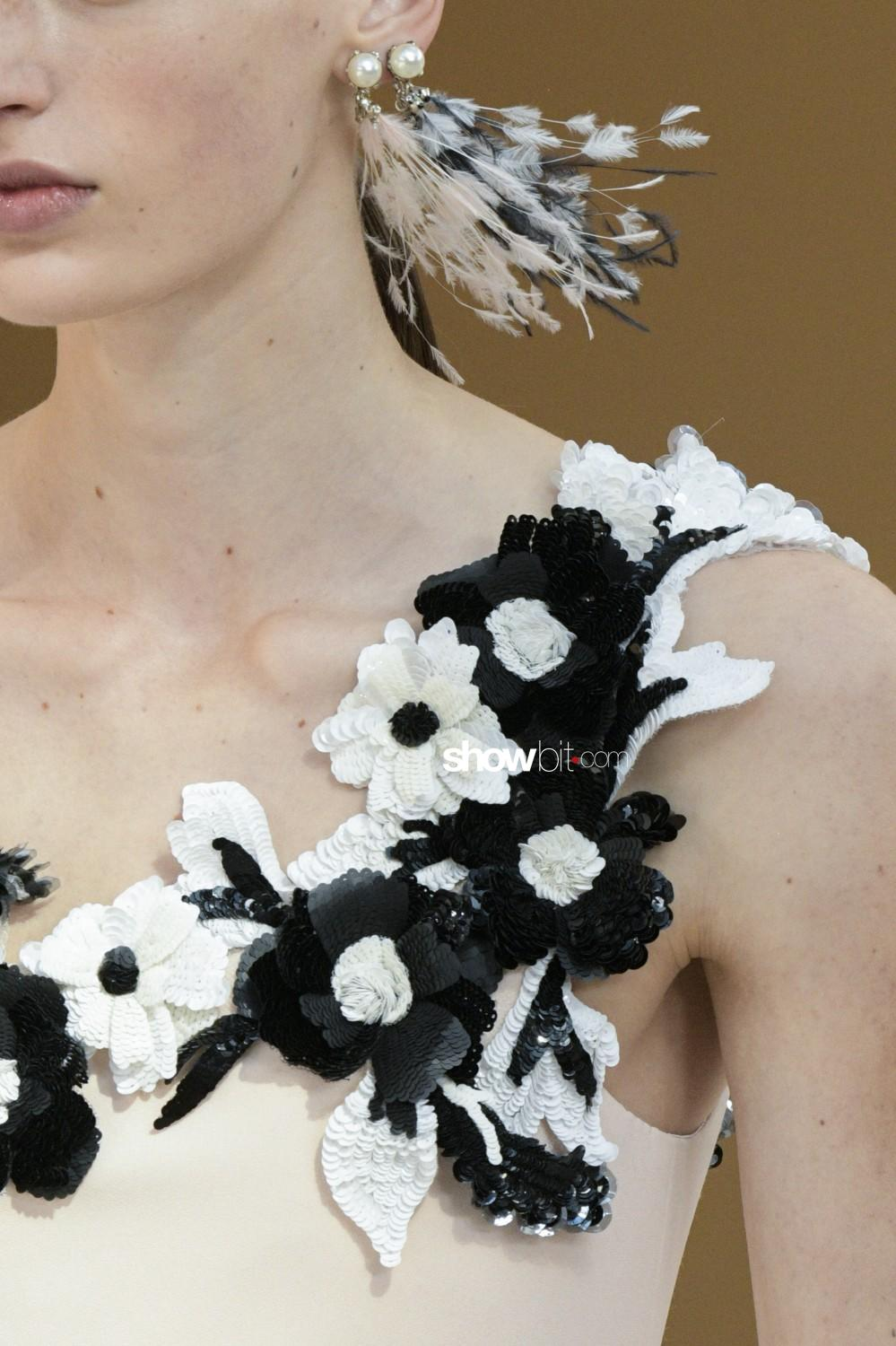 Chanel close-up Haute Couture Fall Winter 2019 2020 Paris