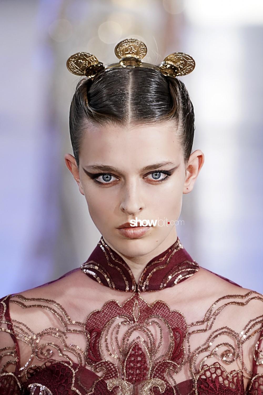 Elie Saab beauty runway Haute Couture Fall Winter 2019 2020 Paris