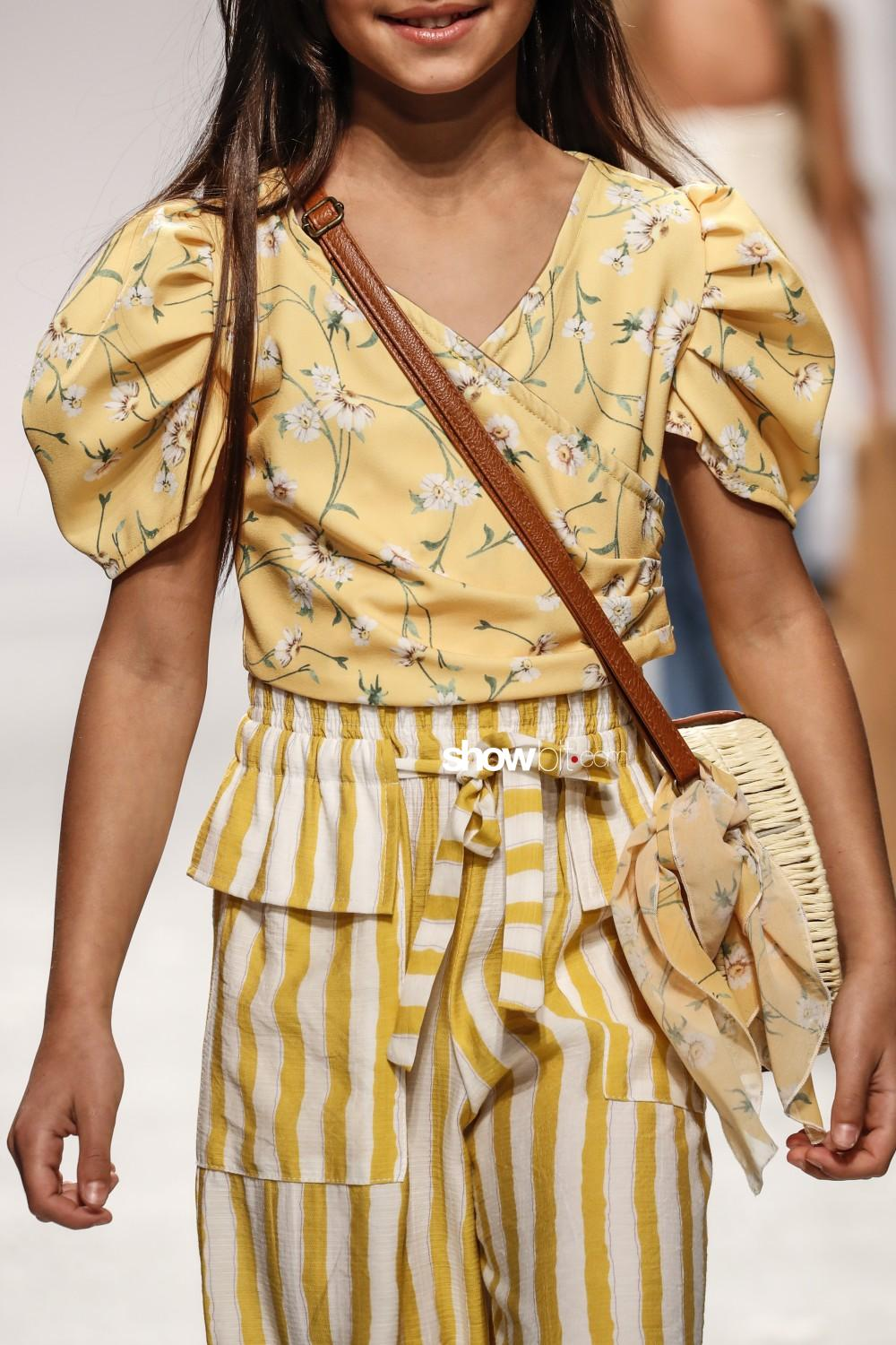 Manila Grace close-up Kids Spring Summer 2020 Firenze