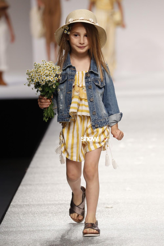 Manila Grace full lengths Kids Spring Summer 2020 Firenze Pitti Bimbo