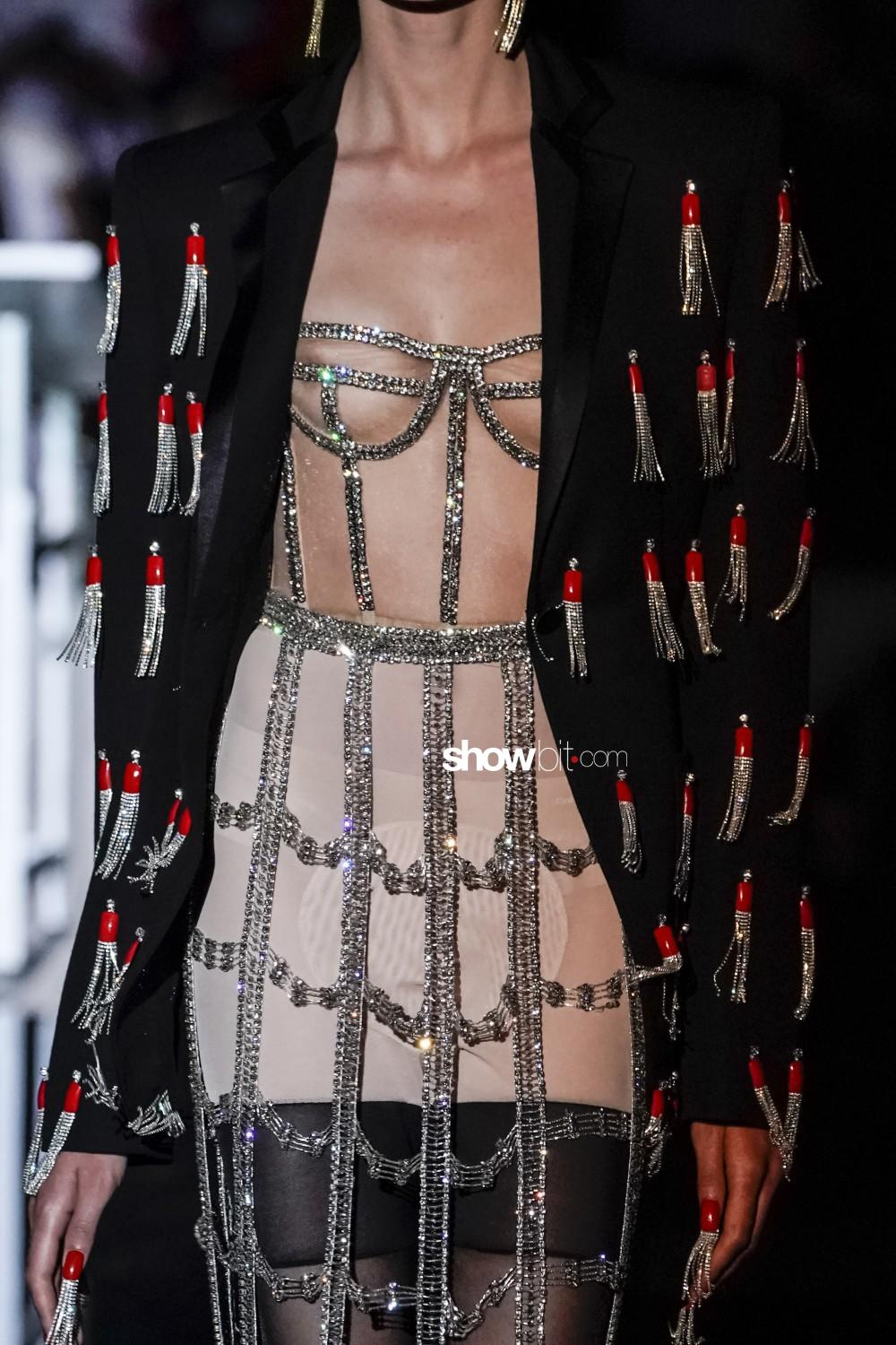 Schiaparelli close-up Haute Couture Fall Winter 2019 Paris