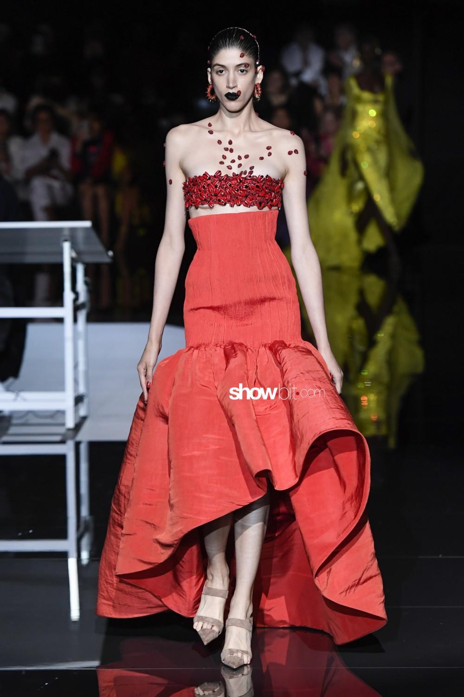 Schiaparelli Haute Couture Fall Winter 2019 Paris
