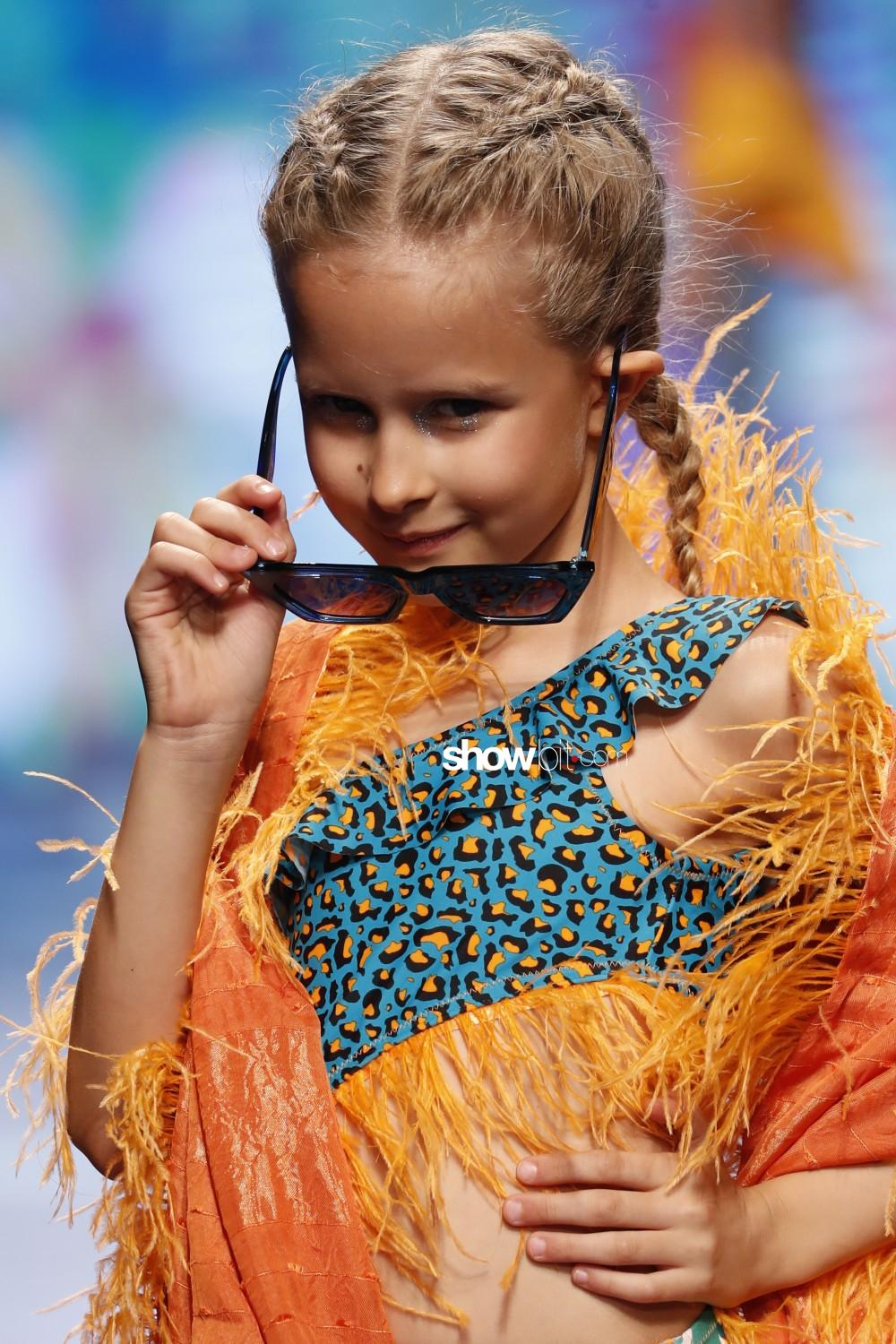 Tuc Tuc close-up Kids Spring Summer 2020 Firenze