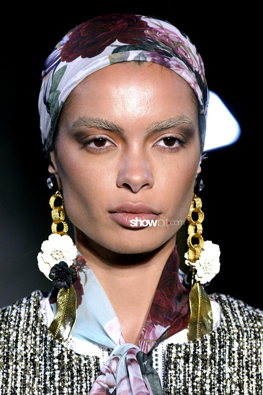 Yolancris beauty runway Haute Couture Fall Winter 2019 2020 Paris