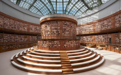 Chanel Haute Couture Fall 2019, a glance inside Coco's library