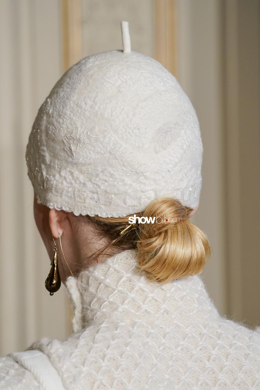 Christophe Josse close-up Haute Couture Fall Winter 2019 Paris Accessories