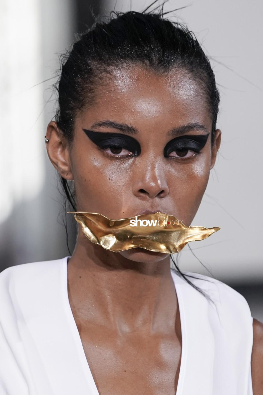 Maticevski close-up Haute Couture Fall Winter 2019 Paris Accessories