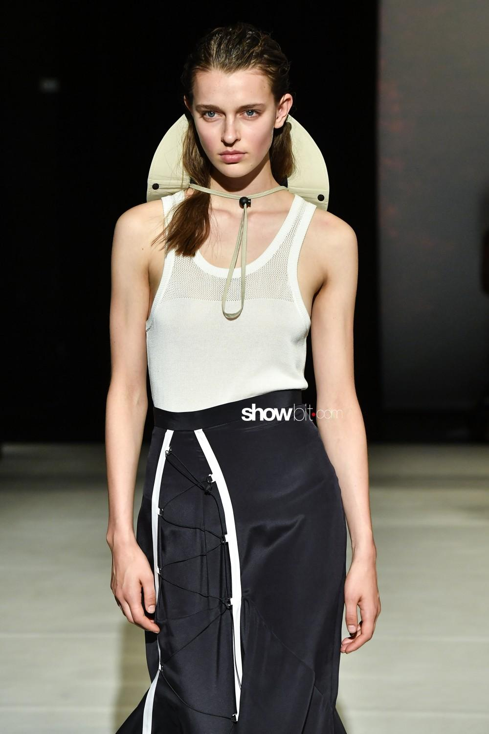 Chalayan_ful_W_S20_LO_026