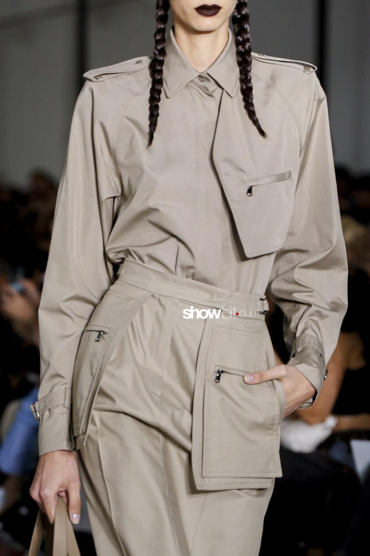 Max Mara close-up Women Spring Summer 2020 Milano