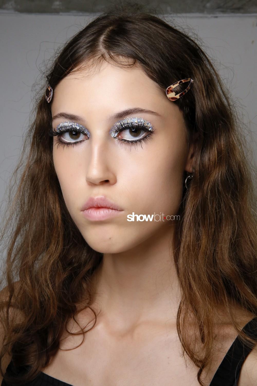 Lutz Huelle beauty backstage Women Spring Summer 2020 Paris