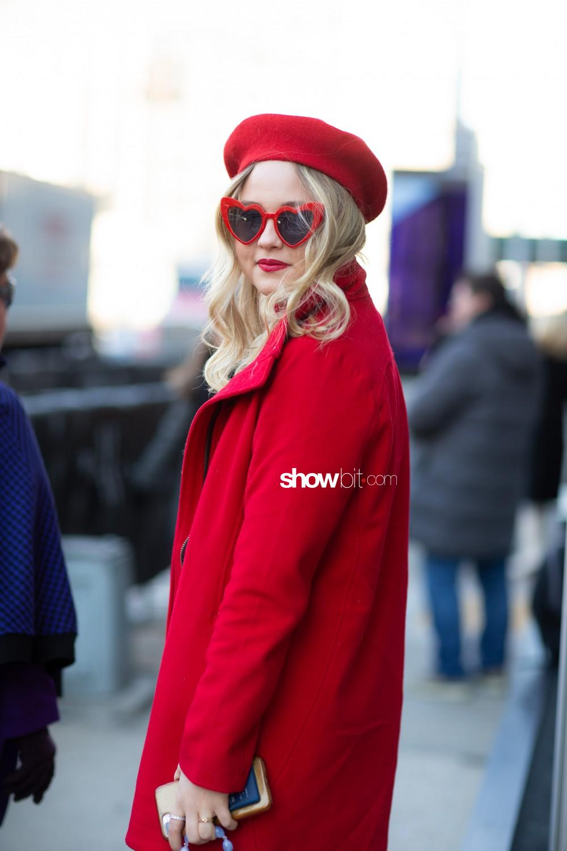 Badgley Mischka people street style Women Fall Winter 2020 New York