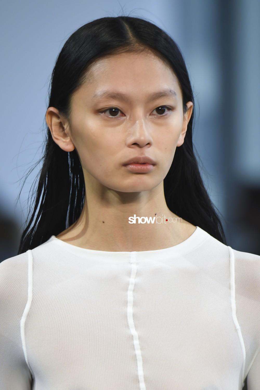Bevza beauty runway Women Fall Winter 2020 New York
