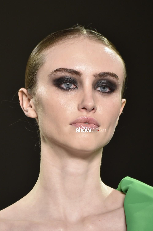 Chiara Boni beauty runway Women Fall Winter 2020 New York