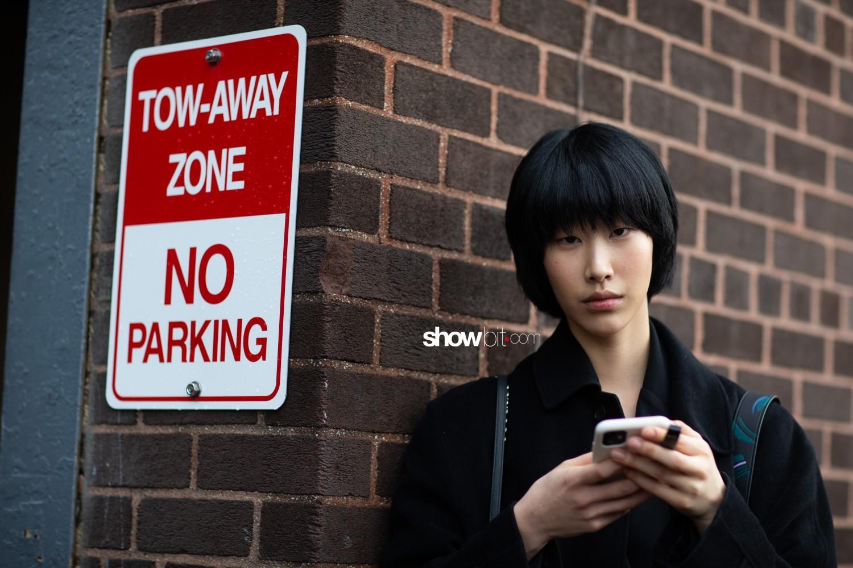 Coach 1941 people street style Women Fall Winter 2020 New York
