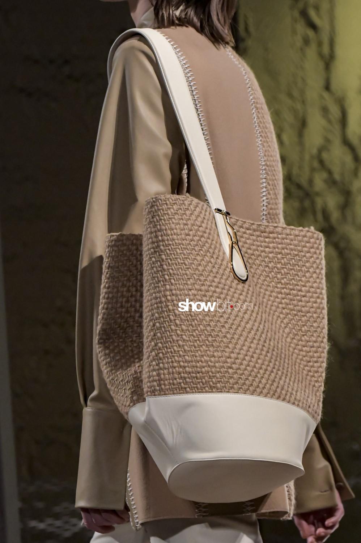 Gabriele Colangelo close-up Women Fall Winter 2020 Milano bags