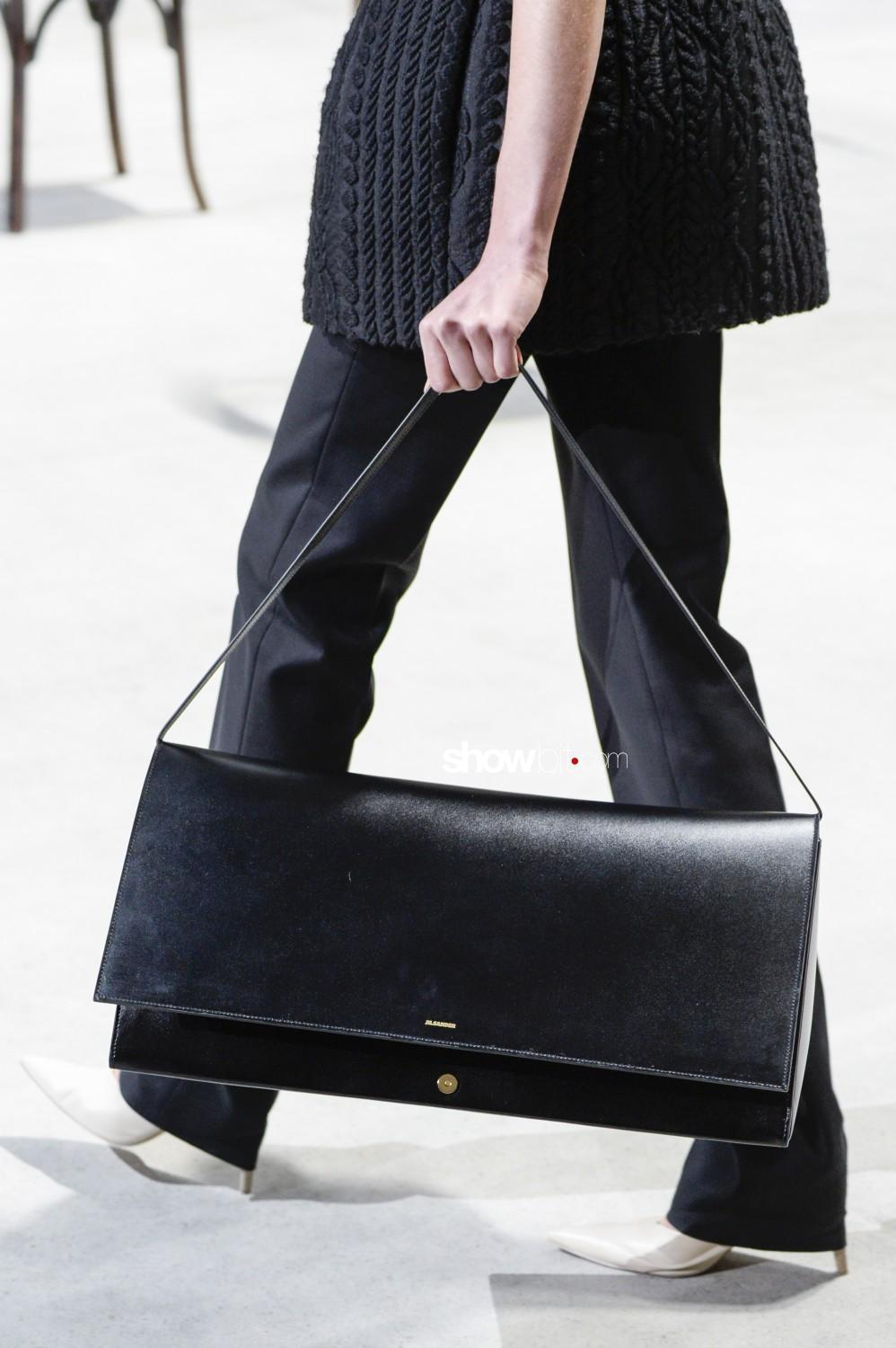 Jil Sander close-up Women Fall Winter 2020 Milano bags