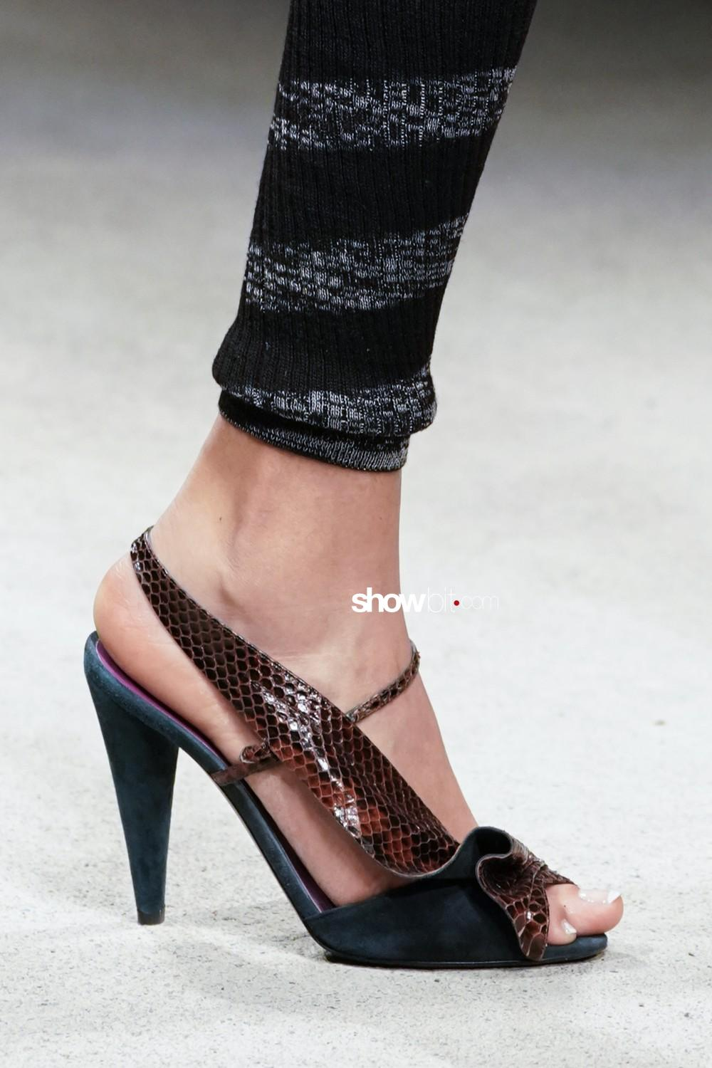 Missoni close-up Women Fall Winter 2020 Milano shoes