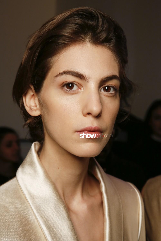 Noon by Noor beauty backstage Women Fall Winter 2020 New York
