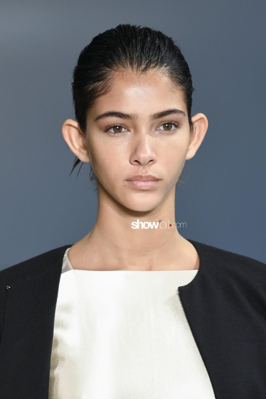 Noon by Noor beauty runway Women Fall Winter 2020 New York