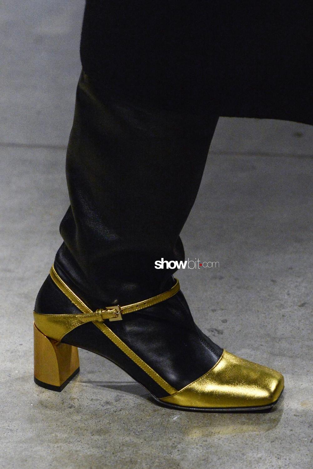 Ports close-up Women Fall Winter 2020 Milano shoes