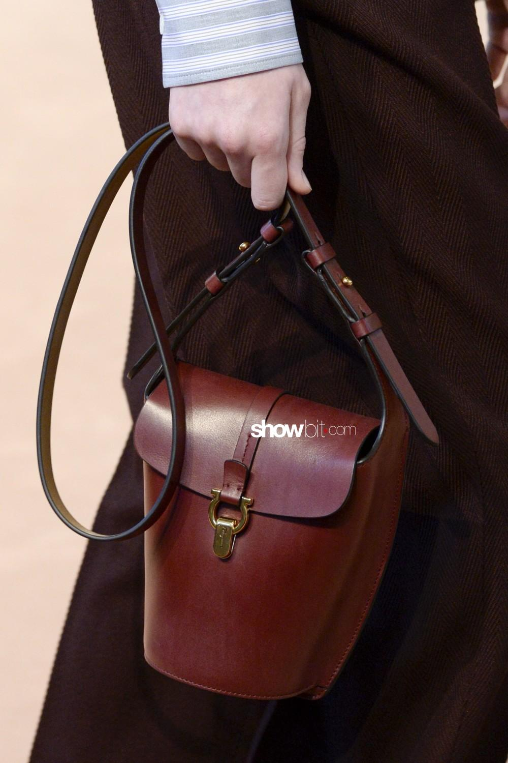 Salvatore Ferragamo close-up Women Fall Winter 2020 Milano bags