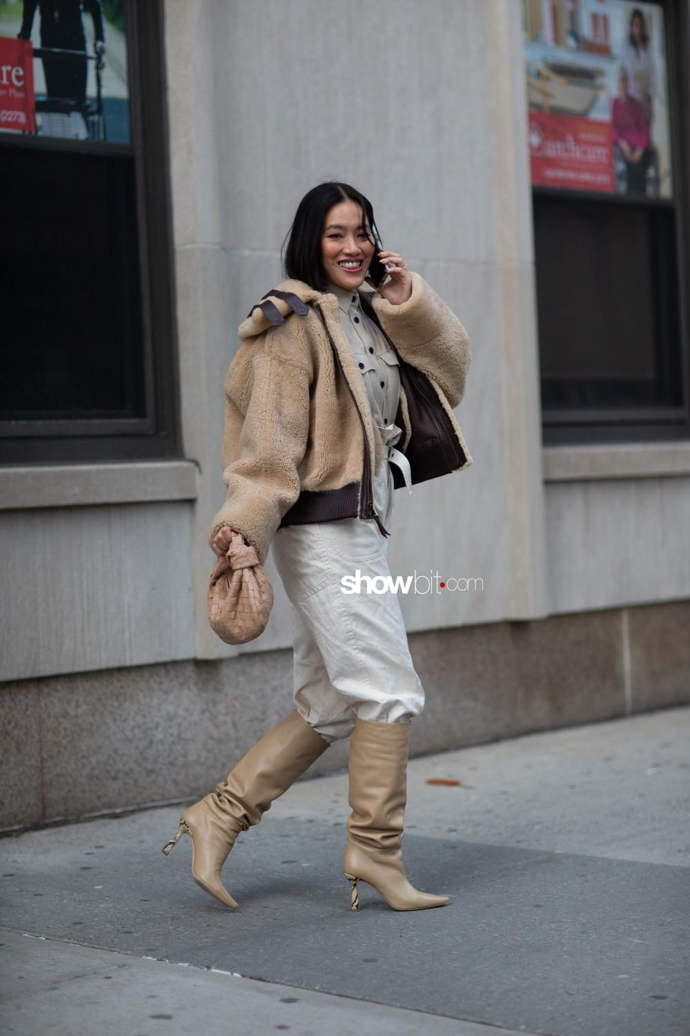 Tory Burch people street style Women Fall Winter 2020 New York