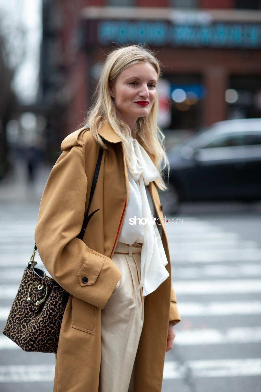 Zimmermann people street style Women Fall Winter 2020 New York