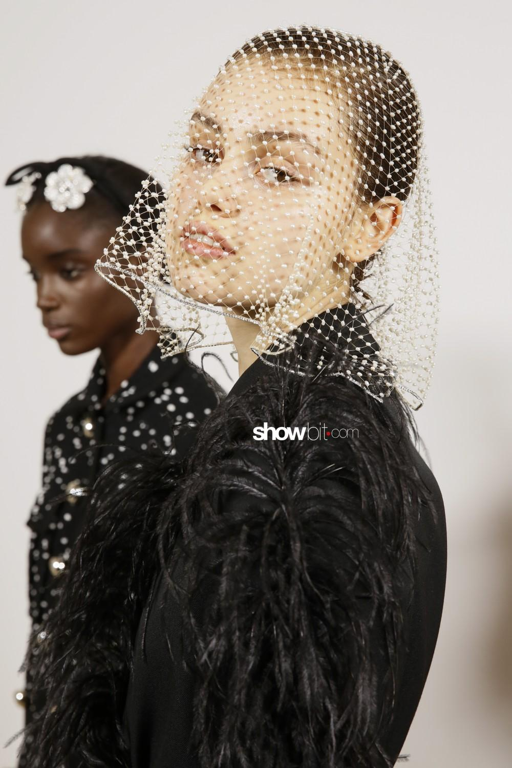 Giambattista Valli backstage Women Fall Winter 2020 2021 Paris