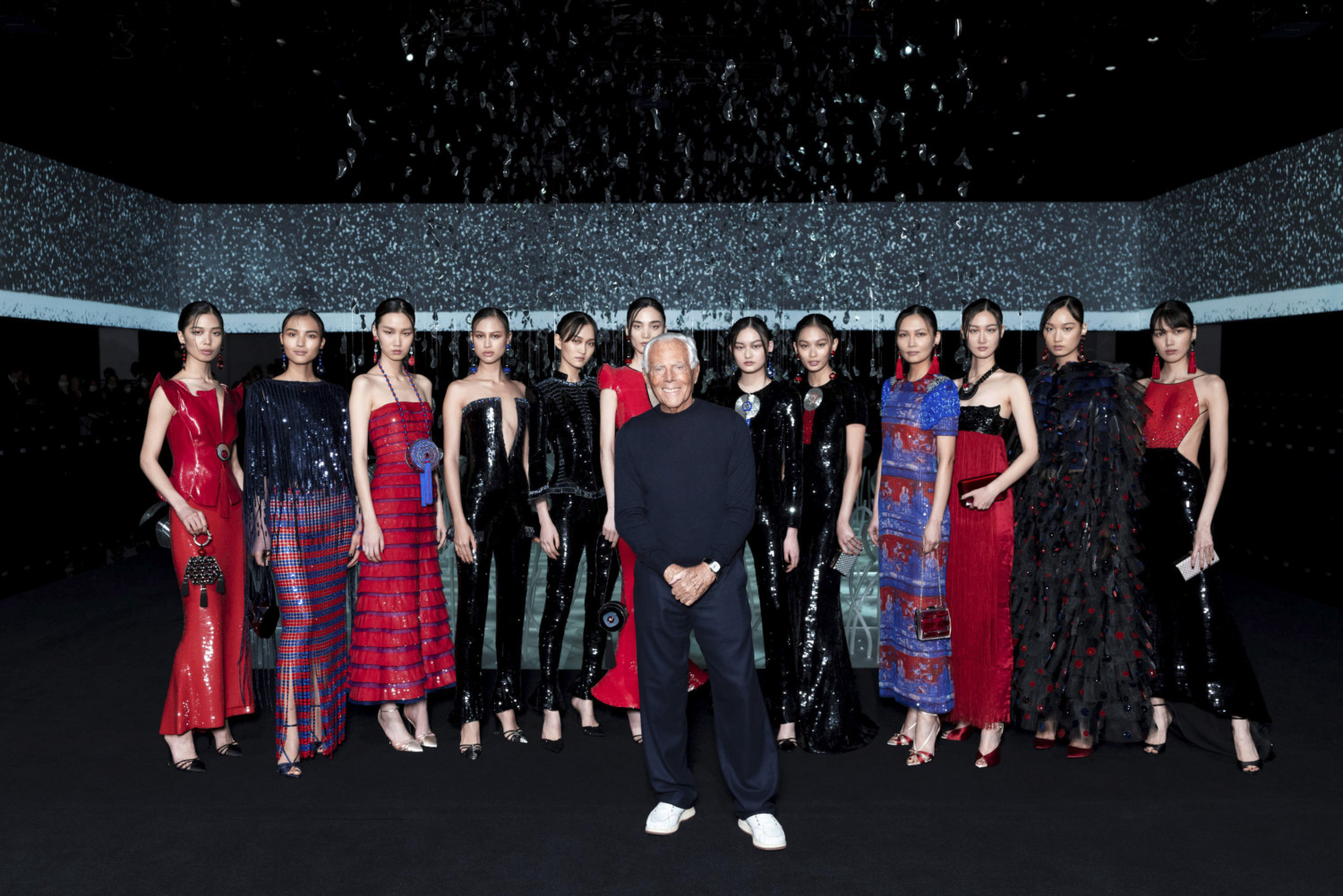 Giorgio Armani Women Fall Winter 2020 Milano