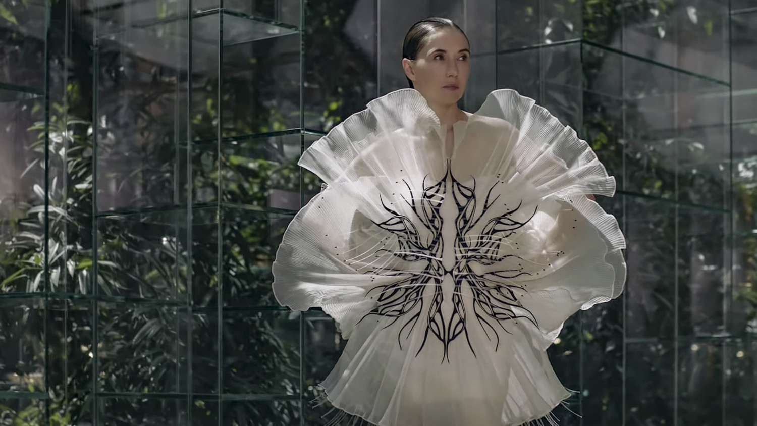 Iris Van Herpen Haute Couture Fall 2020 Paris
