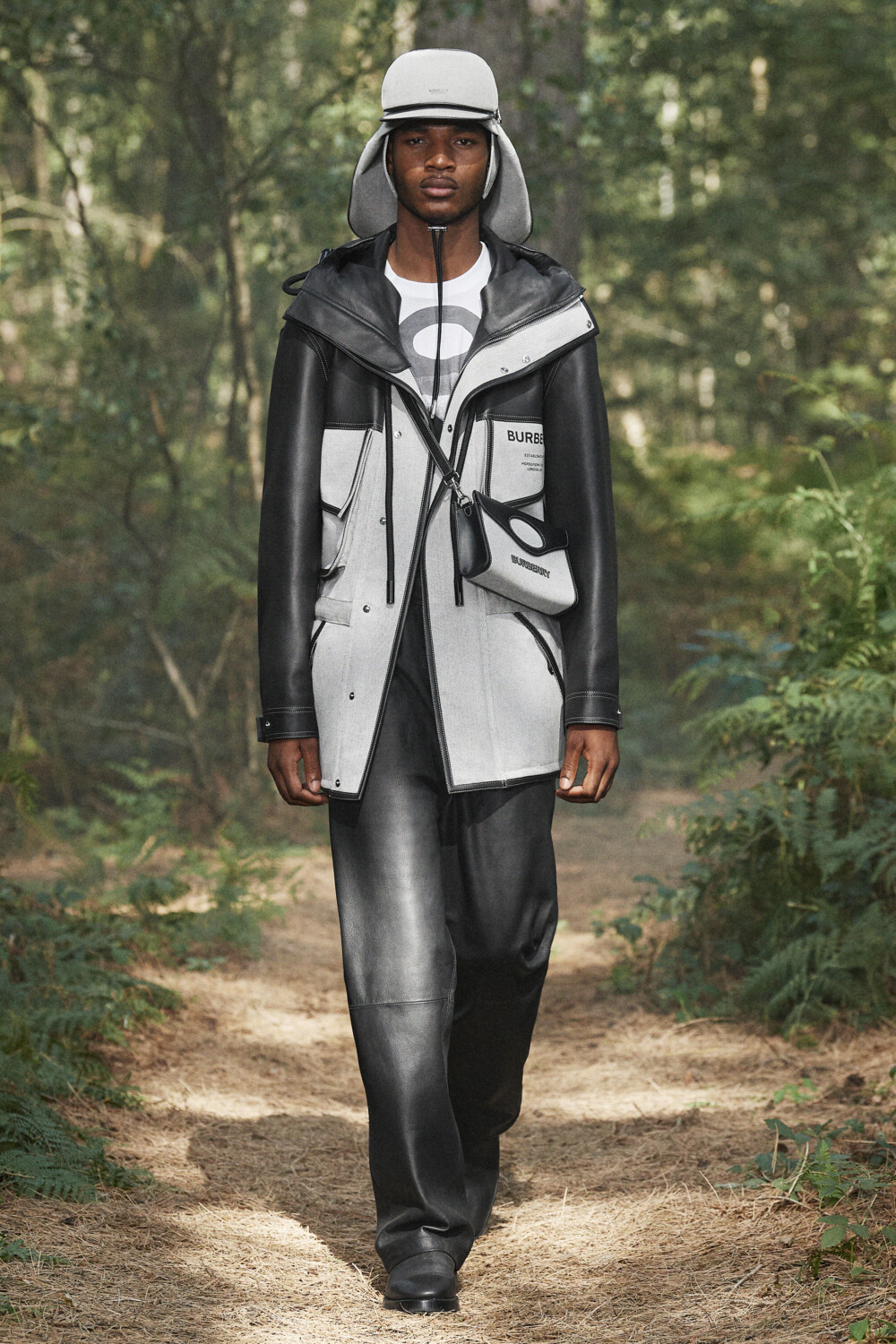 Burberry Women Men Spring Summer 2021 London